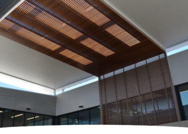 Bond Uni Timber look Aluminium