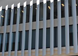 Aluminium Balustrades Solaire Louvres at Bond Uni - Timber look aluminium - a feature at Bond University
