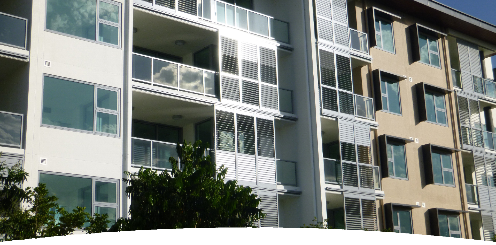 Aluminium Balustrades Krypton Louvre System Mar 20 - Louvres Explained - What They Are And The Different Types Of Louvres